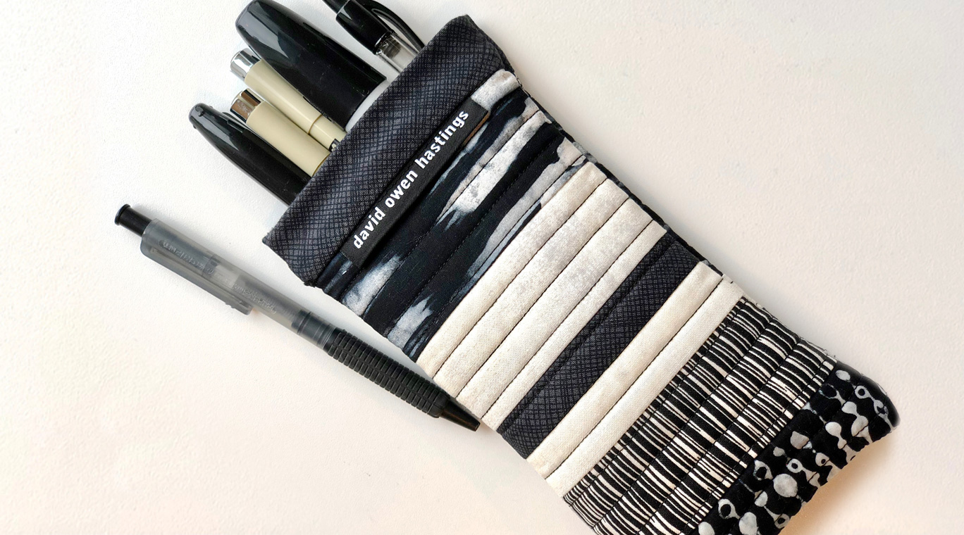 Snappy Eyeglasses Cases – black and white pencil case